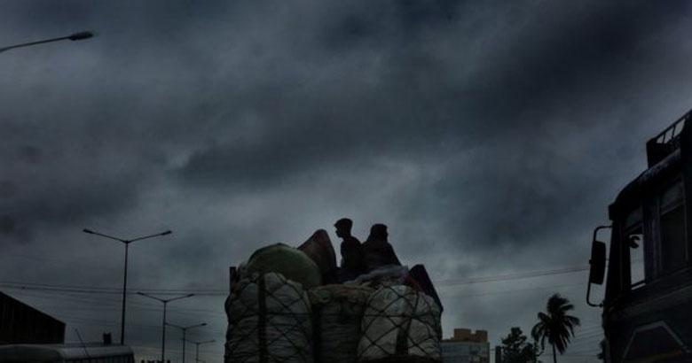 প্রাকৃতিক দুর্যোগে ইরানের মনোরোগ বিশেষজ্ঞরা যা করেন